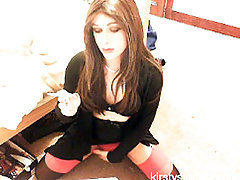 TGirl Kirsty loves to get on the webcam and play with her cock